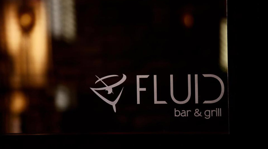 Fluid Bar and Grill Family Dining